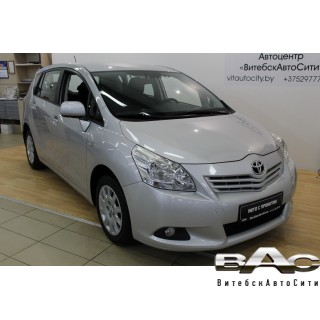Toyota Verso I, 5 мест, 2010 г.